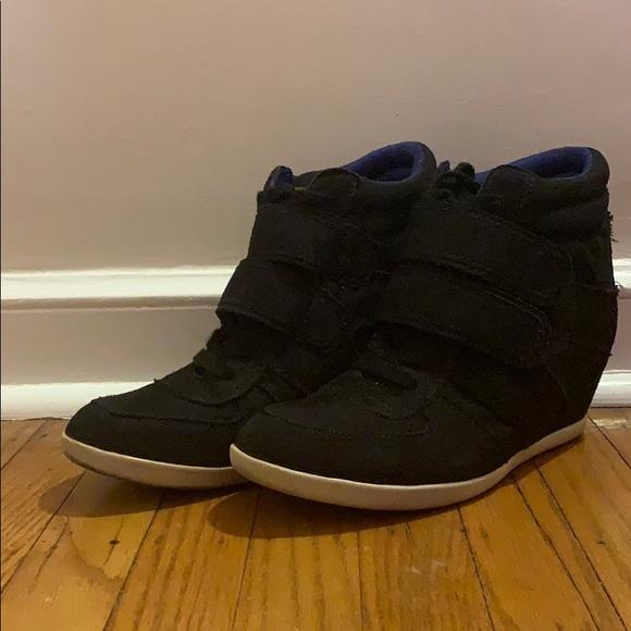 Madden Girl Shoes   High Top Sneaker